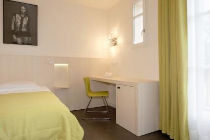 HOTEL-DE-ST-TROPEZ-2.jpg